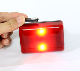 GPS tracker / GPS aizmugures apgaismojums bākas formā.